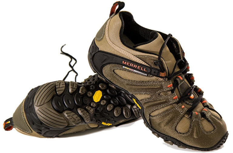 Do Merrell Shoes Run Wide or Narrow?